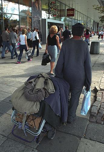 Bezdomny w Centrum Warszawy